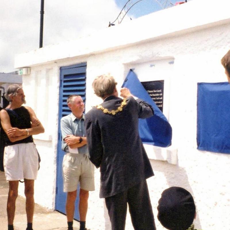 Mayor Mike Cotton unveils plaque in appreciation of John Clarke