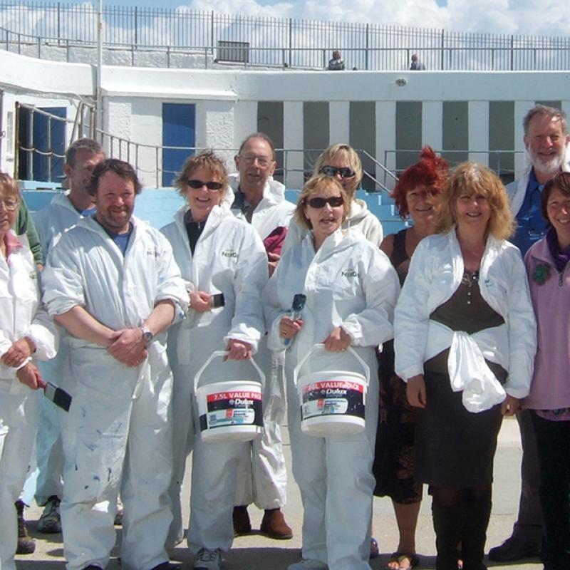Jubilee Pool painters