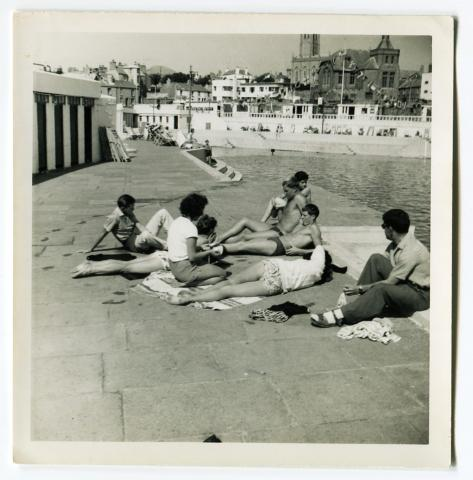 Young people relaxing at Jubilee Pool